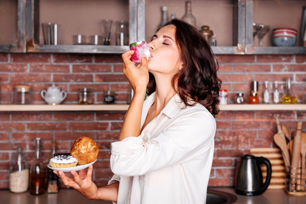 PMS期間食慾增加